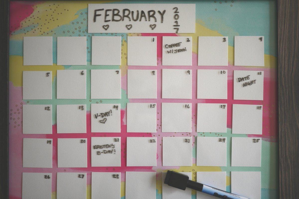 Diy Calendar Size : Diy dry erase calendar the cheerful space