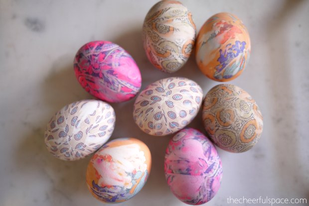 silk-tie-dyed-easter-eggs-25