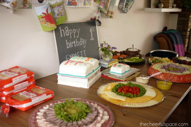 Book-Themed-First-Birthday-14