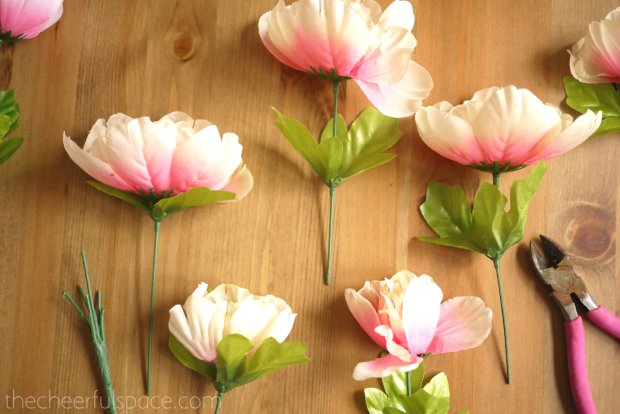 DIY-Spring-Wreath-Makeover-02