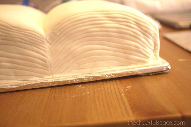 book-cake-24