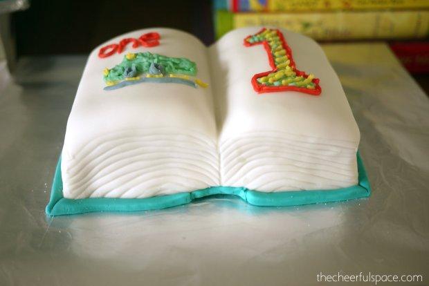 book-cake-33