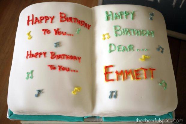 book-cake-36
