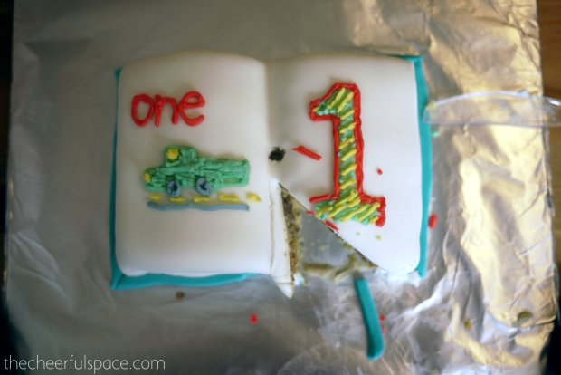 book-cake-38
