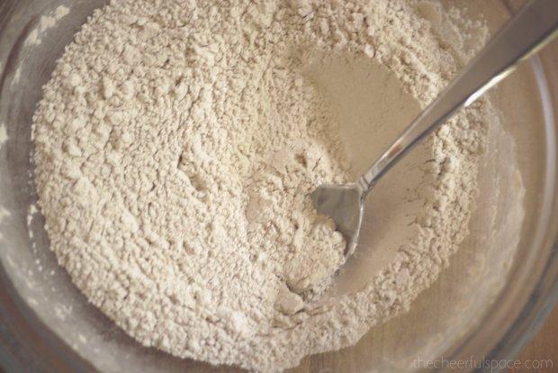 oatmeal-raisin-lactation-cookies-15