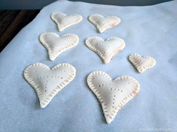 homeade-heart-poptarts-11
