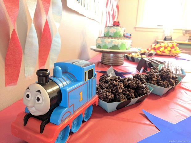 Thomas-the-train-birthday-party-02
