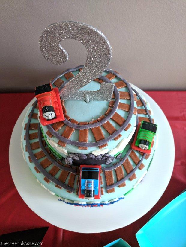 Thomas-the-train-party-07