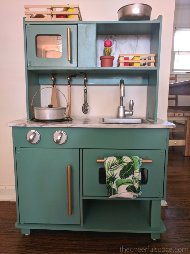 DIY-Budget-Play-Kitchen-Makeover-00