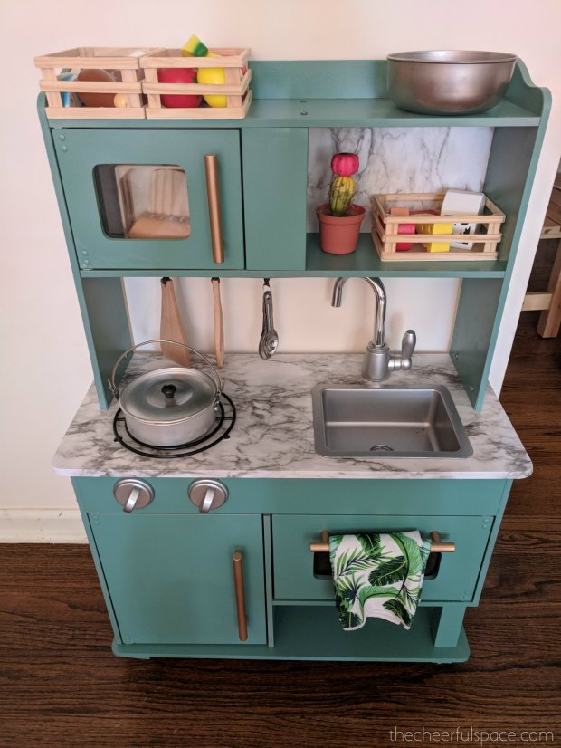 DIY-Budget-Play-Kitchen-Makeover-01